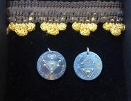 SchutzAmulette aus Titan mit Symbolik und Nummerologie in Gold&Silber eingelegt von Nadine Kierok